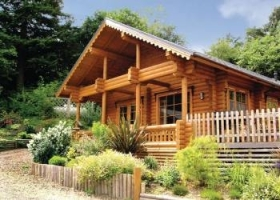Check Out the Log Cabins in Herefordshire with Hot Tubs