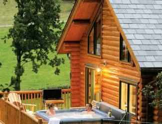 Six Stunning Log Cabin Holidays in Shropshire