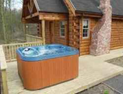Log Cabins with Hot Tubs in Nottinghamshire