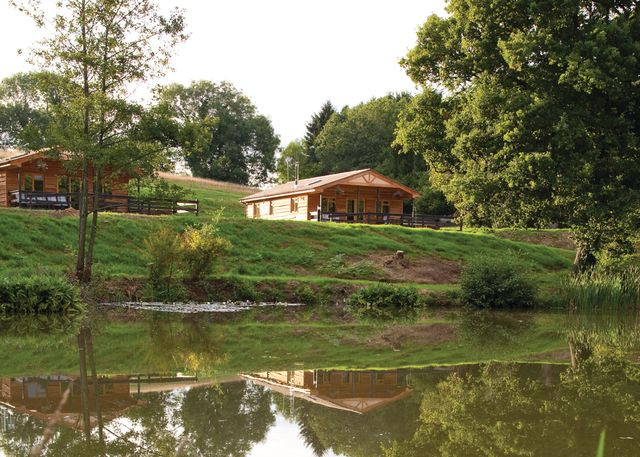 Discover lodges log cabin holidays in hampshire the for New hampshire log cabins
